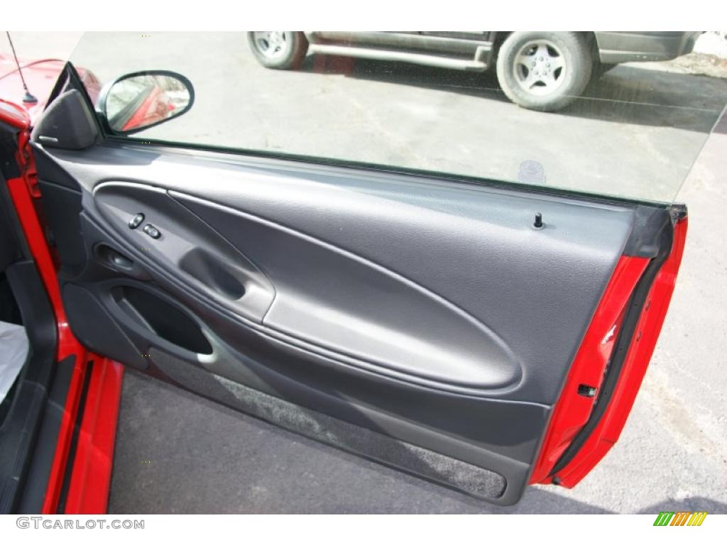 2002 Ford Mustang GT Coupe Dark Charcoal Door Panel Photo #45799691
