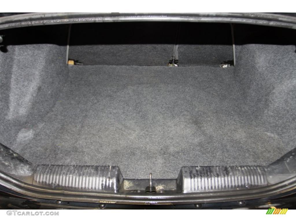 2005 Focus ZX4 S Sedan - Pitch Black / Dark Flint/Light Flint photo #31