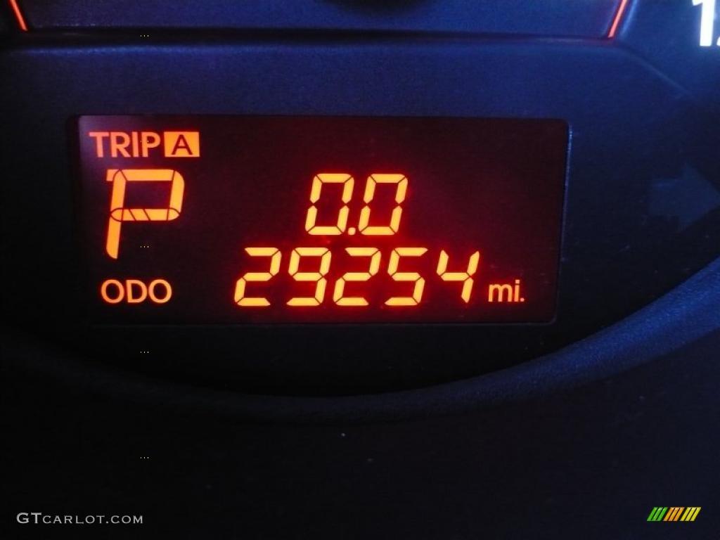 2011 Sorento LX AWD - Spicy Red / Beige photo #28