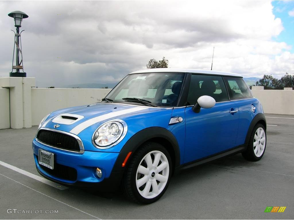 Mini Cooper 2007 : 2007 laser blue metallic mini cooper s hardtop 4556490 car color galleries ~ Medecine-chirurgie-esthetiques.com Avis de Voitures