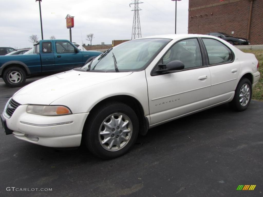 Stone White 2000 Chrysler Cirrus Lxi Exterior Photo