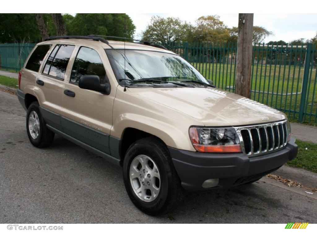 Champagne pearlcoat 2000 jeep grand cherokee laredo 4x4 for Interieur jeep grand cherokee 2000