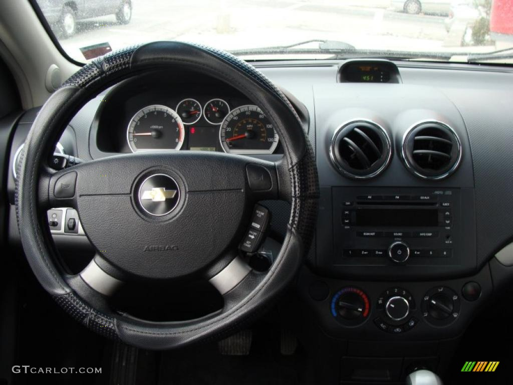 2007 chevrolet aveo lt sedan charcoal black dashboard photo 45932412