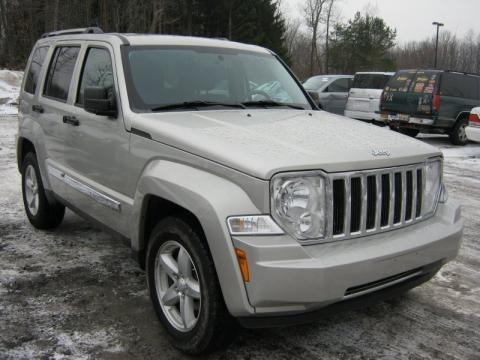 2009 jeep liberty limited 4x4 data info and specs. Black Bedroom Furniture Sets. Home Design Ideas
