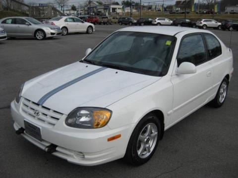 2005 hyundai accent gls coupe data info and specs. Black Bedroom Furniture Sets. Home Design Ideas