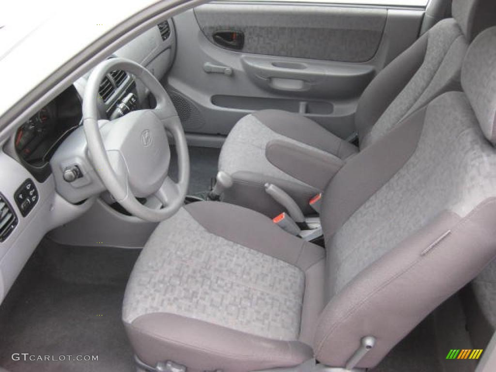 Gray Interior 2005 Hyundai Accent GLS Coupe Photo ...