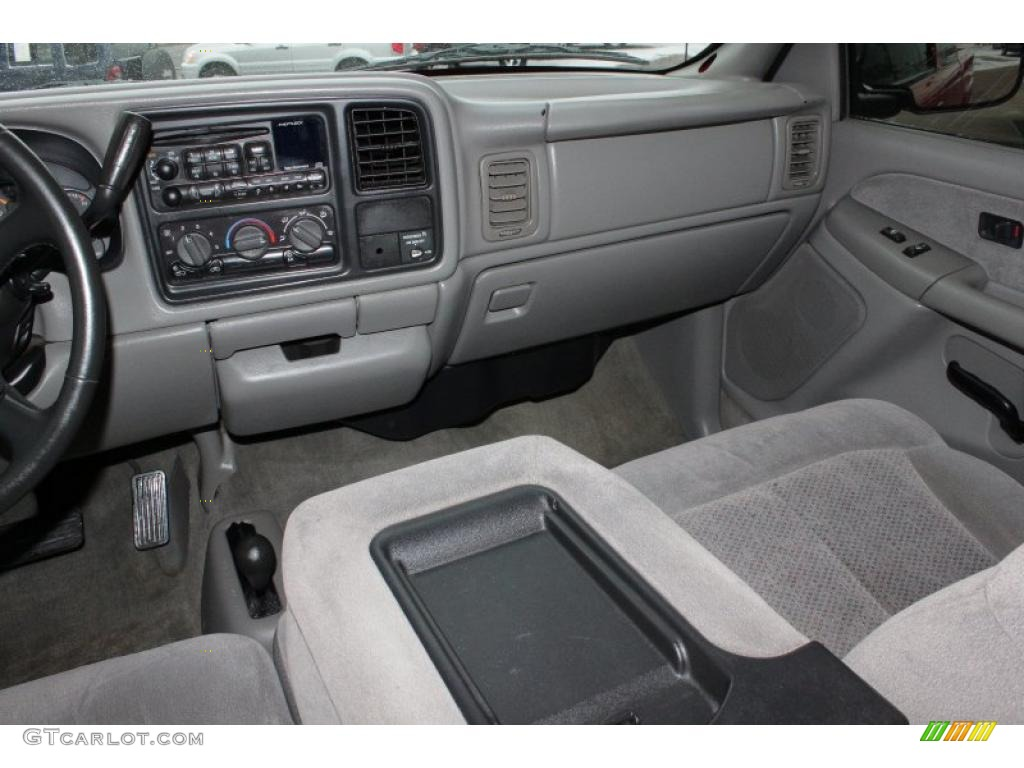 2000 Victory Red Chevrolet Silverado 1500 Ls Extended Cab