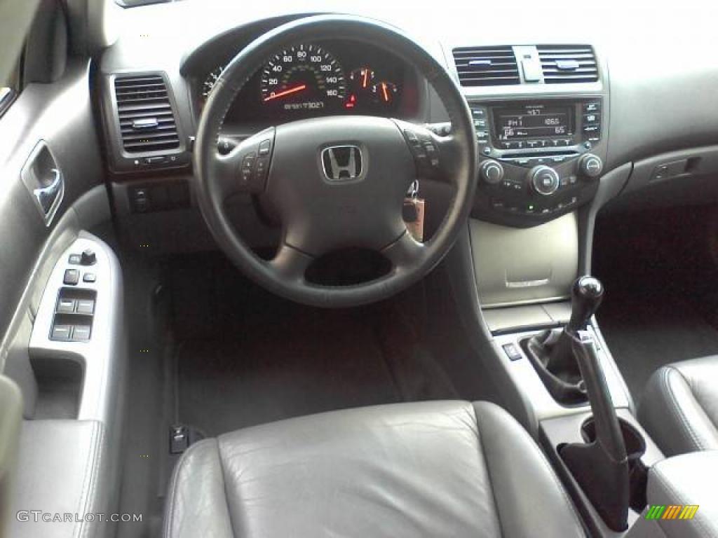 2004 Honda Accord Ex L Sedan Gray Dashboard Photo