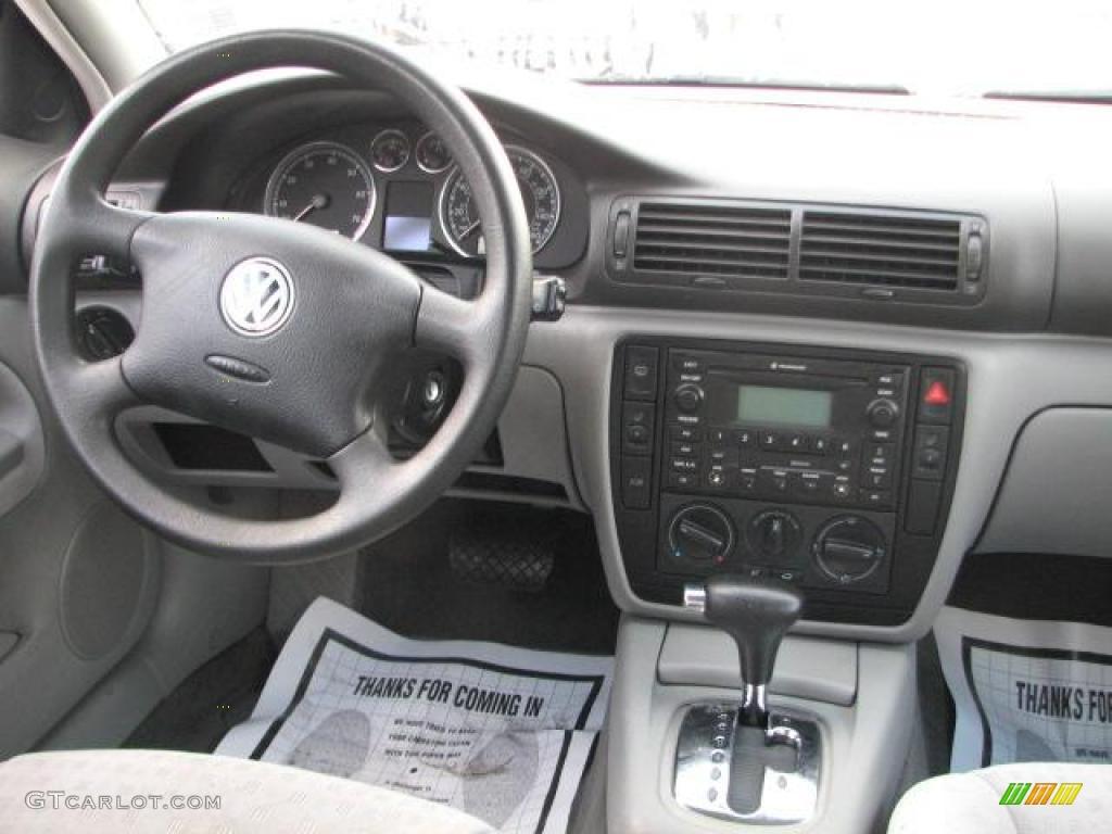 2002 Volkswagen Passat Gls Wagon Grey Dashboard Photo 45994670