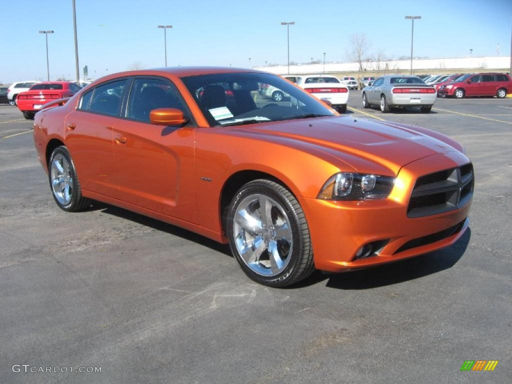 Toxic Orange Pearl 2011 Dodge Charger R T Plus Exterior