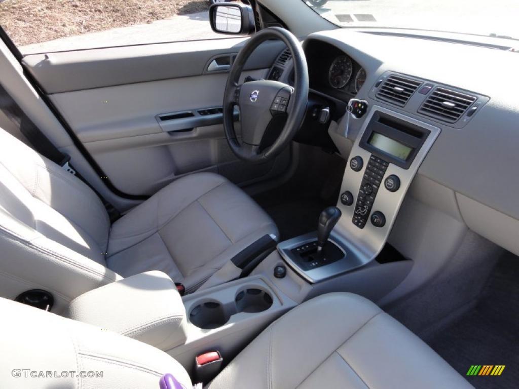 Dark Beige Quartz Interior 2006 Volvo S40 T5 Awd Photo