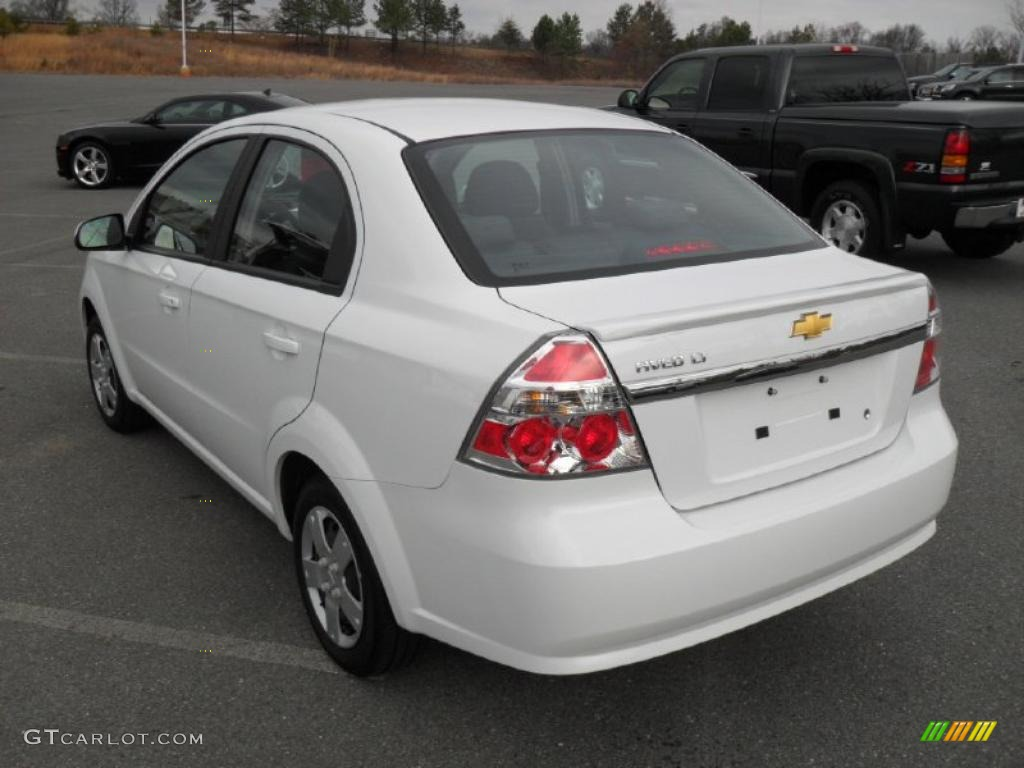 summit white 2011 chevrolet aveo lt sedan exterior photo 46062231. Black Bedroom Furniture Sets. Home Design Ideas