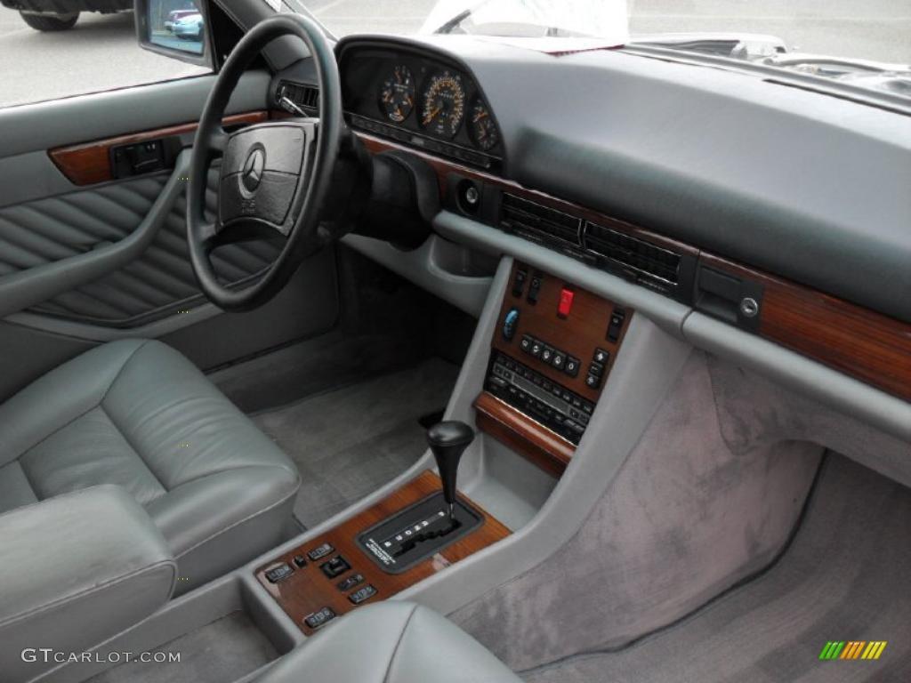 1991 Mercedes-Benz S Class 300