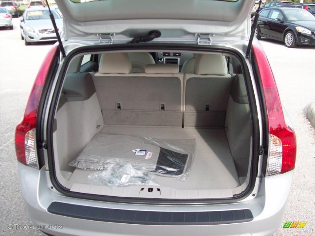 2011 Volvo V50 T5 Trunk Photo 46099994