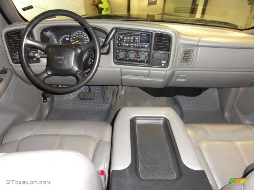 Dashboard on 2009 gmc sierra 1500 sle