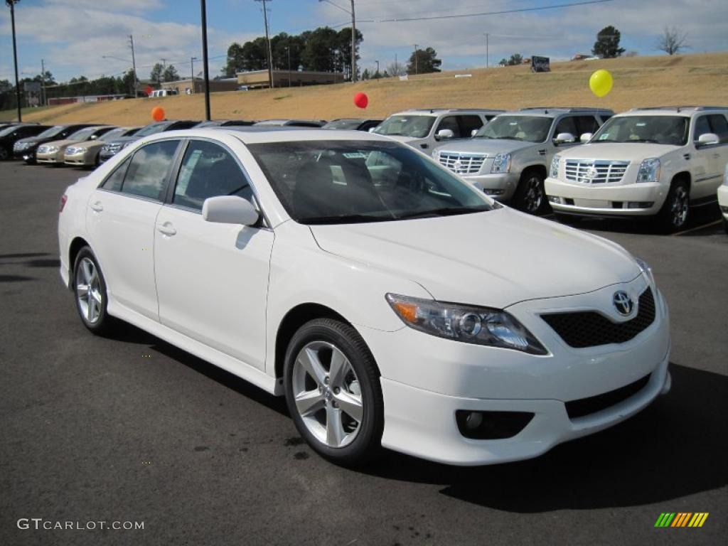 Super White 2011 Toyota Camry Se Exterior Photo 46139095