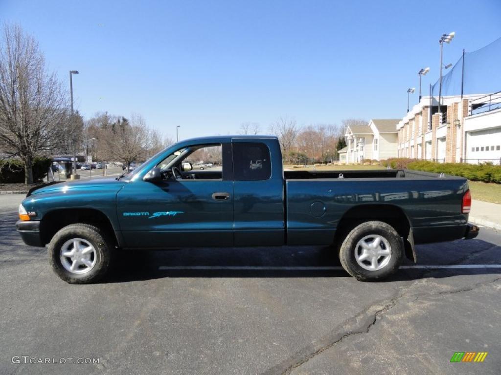 on 1999 Dodge Dakota Sport Green