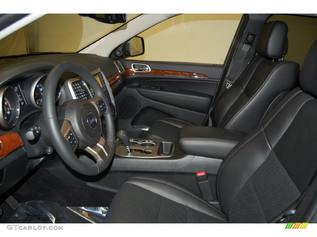 Black Interior 2011 Jeep Grand Cherokee Limited Photo 46150516