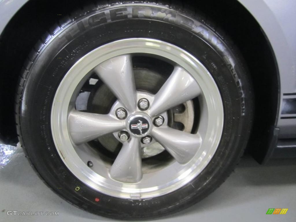 2006 Ford Mustang V6 Premium Coupe Wheel Photo #46190147