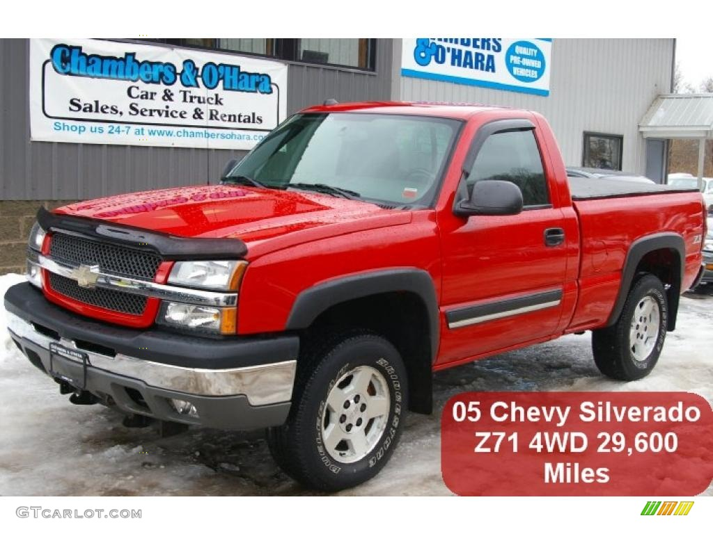 2005 Silverado 1500 Z71 Regular Cab 4x4 - Victory Red / Dark Charcoal photo #1