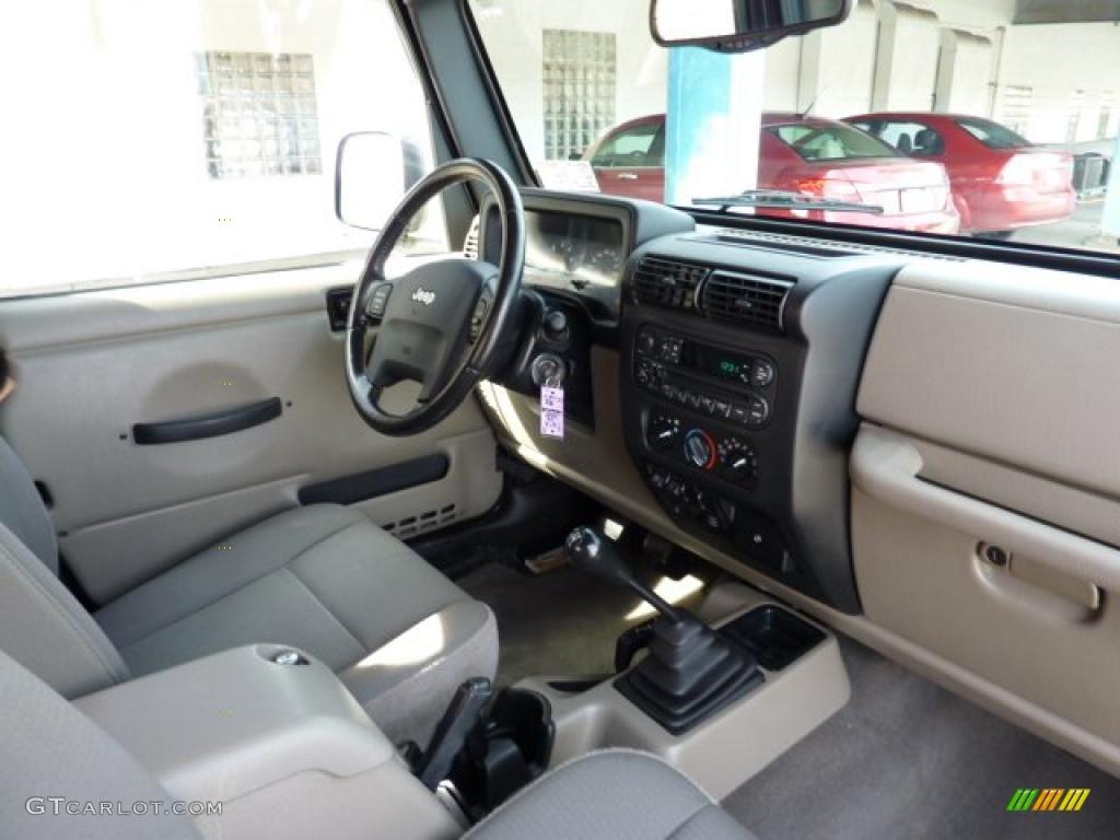 Khaki interior 2004 jeep wrangler sahara 4x4 photo 46206131 gtcarlot com