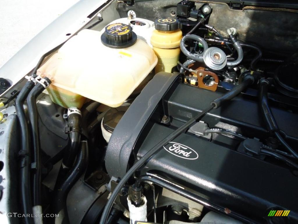 2001 ford focus se wagon 2 0 liter dohc 16 valve zetec 4 cylinder engine photo 46207652. Black Bedroom Furniture Sets. Home Design Ideas
