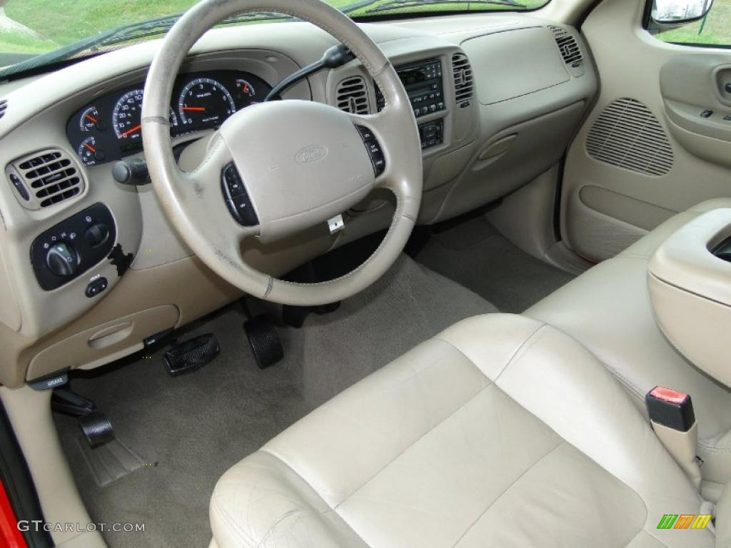 Medium Parchment Interior 2002 Ford F150 Lariat Supercrew Photo 46210724