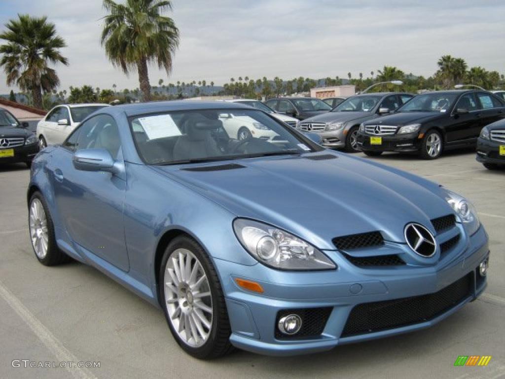 2011 quartz blue metallic mercedes benz slk 300 roadster for Mercedes benz slk 300