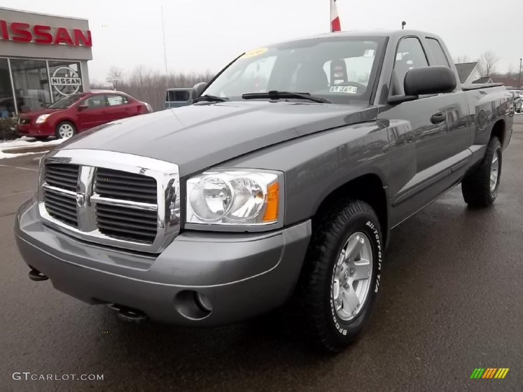 mineral gray metallic 2006 dodge dakota slt trx4 club cab 4x4 exterior photo 46233497. Black Bedroom Furniture Sets. Home Design Ideas