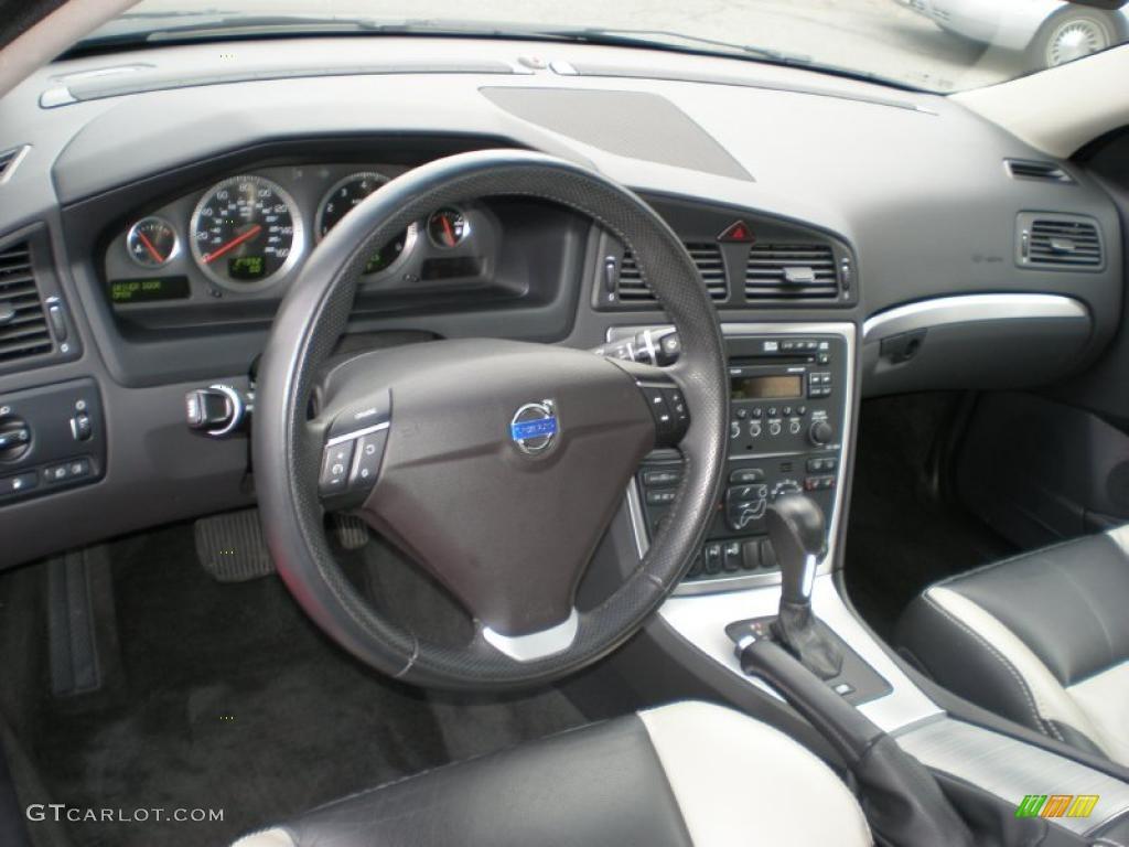 Off black interior 2008 volvo s60 t5 photo 46265359