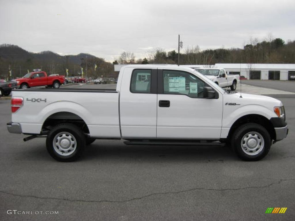 oxford white 2011 ford f150 xl supercab 4x4 exterior photo 46266277. Black Bedroom Furniture Sets. Home Design Ideas