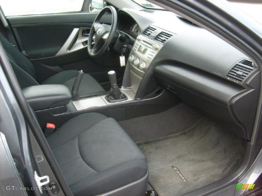 2009 Toyota Camry Se 5 Speed Manual Transmission Photo