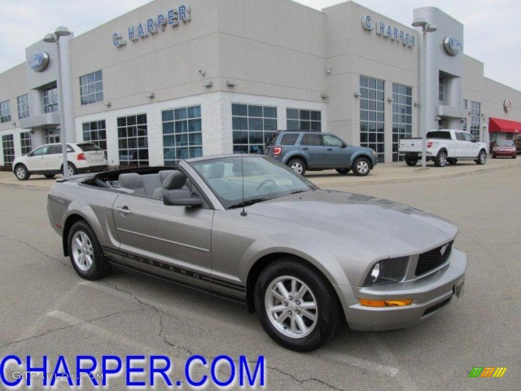 2008 vapor silver metallic ford mustang v6 deluxe convertible 46243672 photo 3. Black Bedroom Furniture Sets. Home Design Ideas