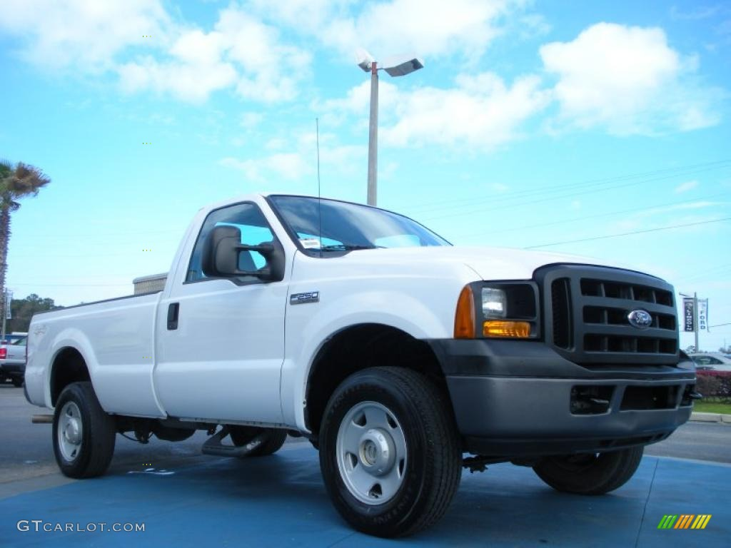 Oxford white 2006 ford f250 super duty xl regular cab 4x4 exterior photo 46291645