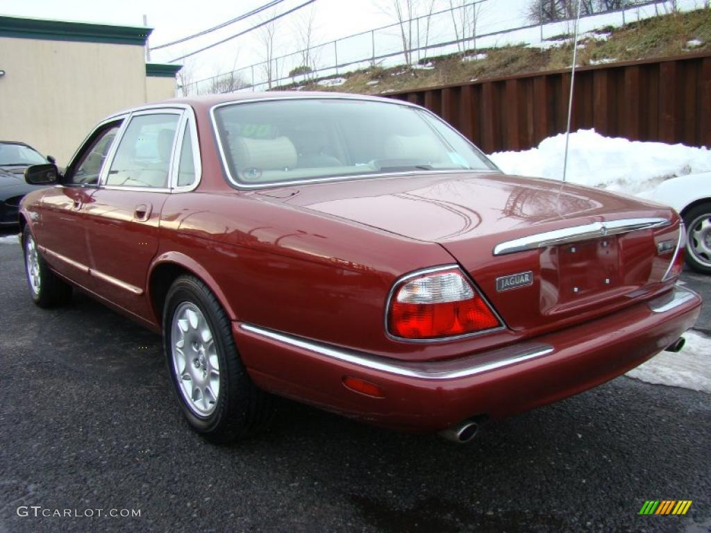 Carnival red 2000 jaguar xj xj8 exterior photo 46302922 for Jaguar xj exterior