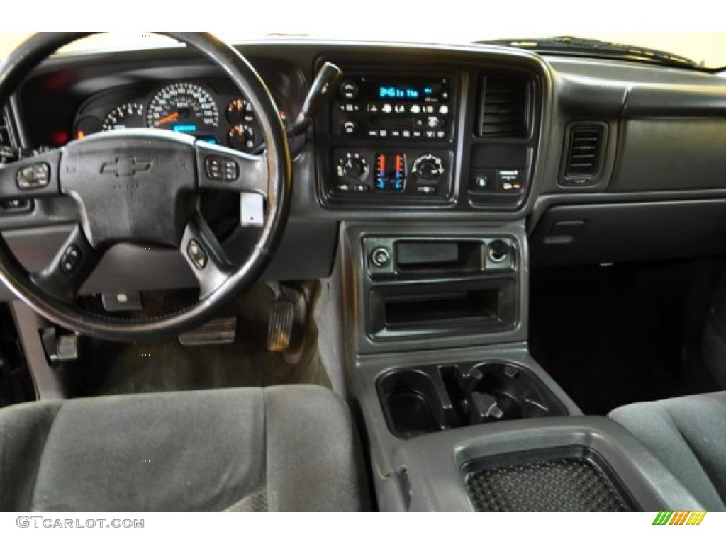 2003 Chevrolet Silverado 2500hd Ls Extended Cab 4x4 Dark Charcoal Dashboard Photo 46418193