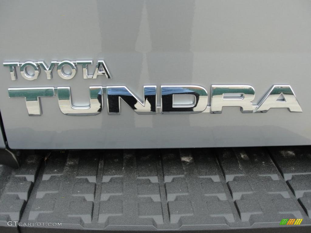 2011 Tundra Texas Edition CrewMax - Silver Sky Metallic / Graphite Gray photo #18