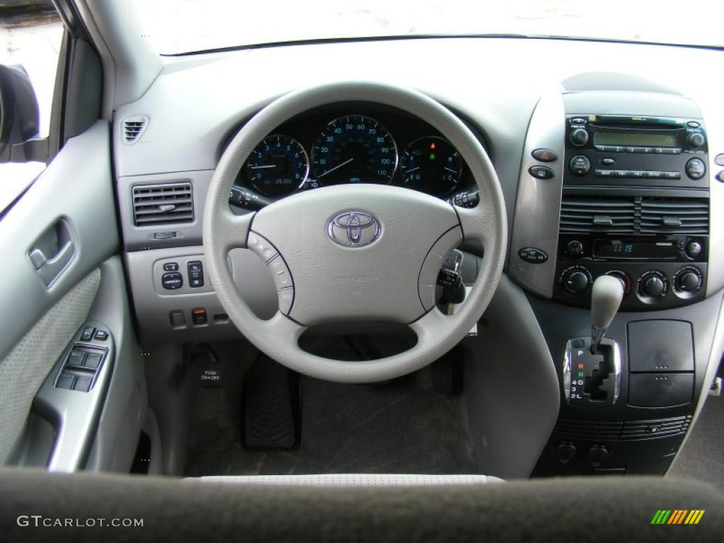 2008 Toyota Sienna LE Stone Dashboard Photo #46438623 | GTCarLot.com