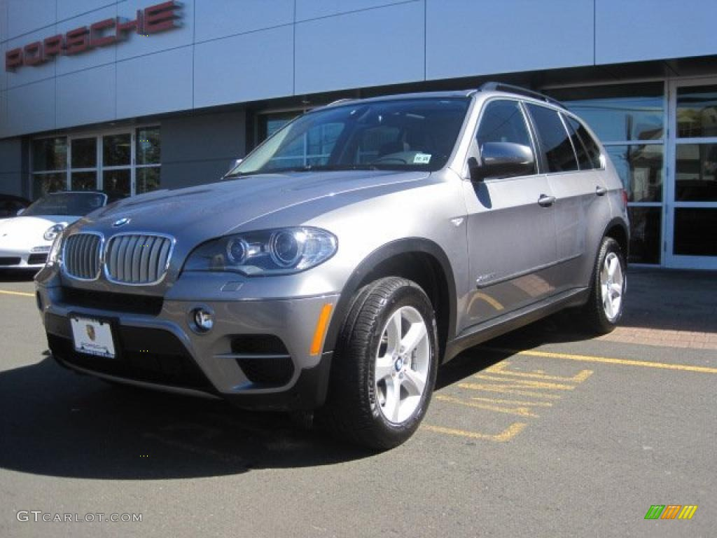 platinum gray metallic 2011 bmw x5 xdrive 50i exterior. Black Bedroom Furniture Sets. Home Design Ideas