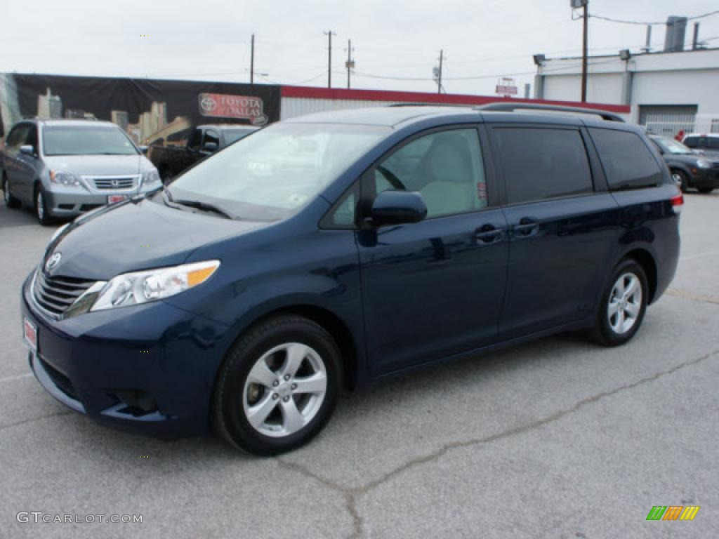 photos black headlights upgrades garde mods avant gallery photo projector toyota sienna with wheels by images custom carid