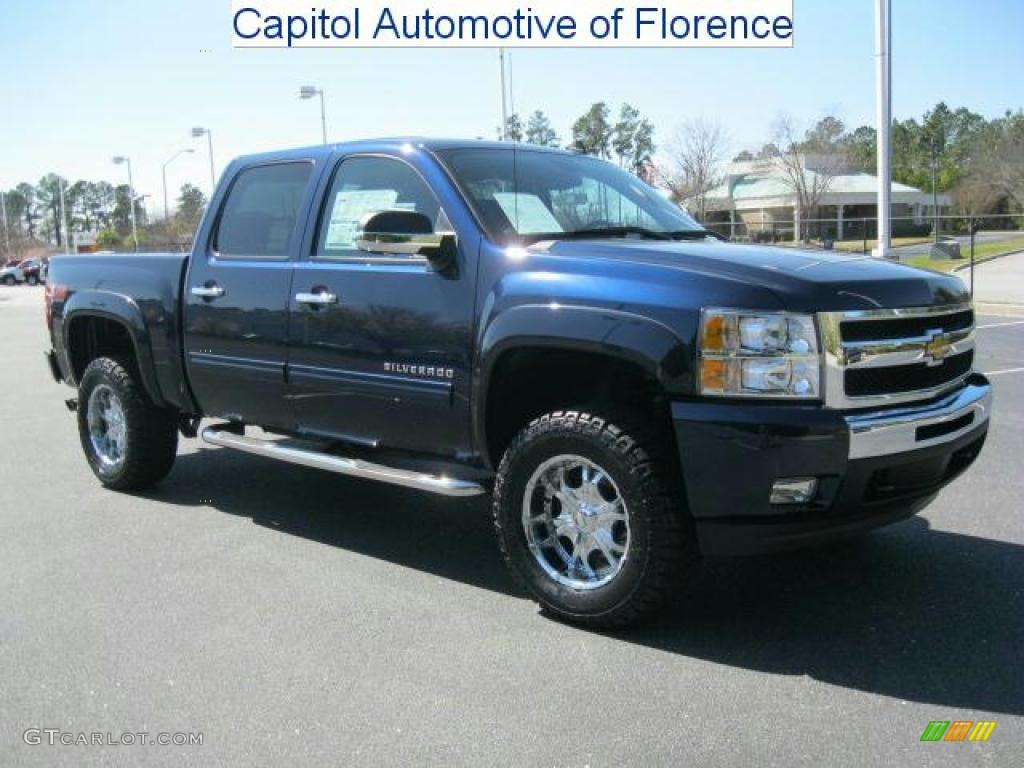 2011 Silverado 1500 LT Crew Cab 4x4 - Imperial Blue Metallic / Ebony photo #1