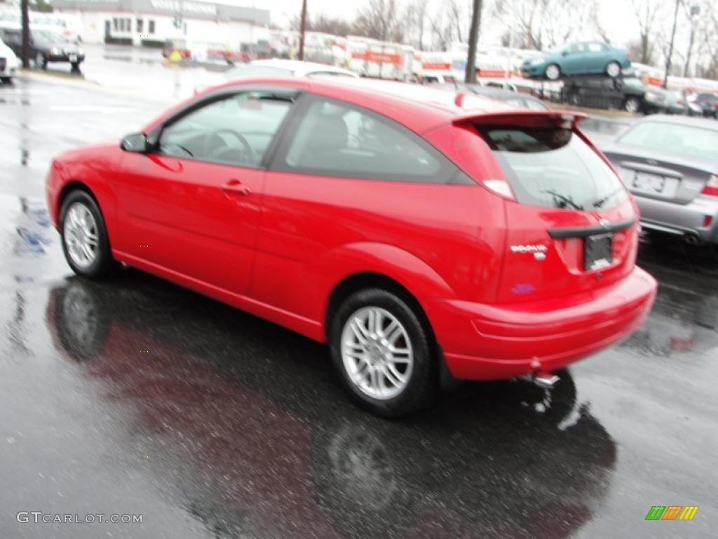 2006 infra red ford focus zx3 se hatchback 46500453 photo. Black Bedroom Furniture Sets. Home Design Ideas