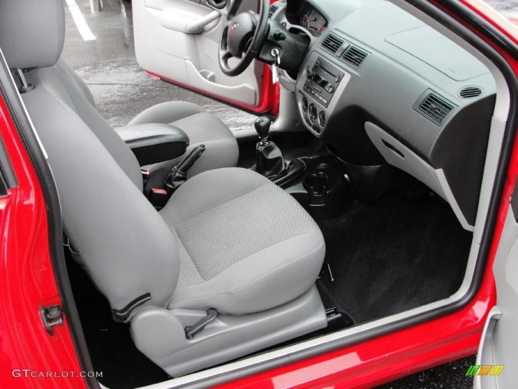 2006 Ford Focus Zx3 Se Hatchback Interior Photo 46537329