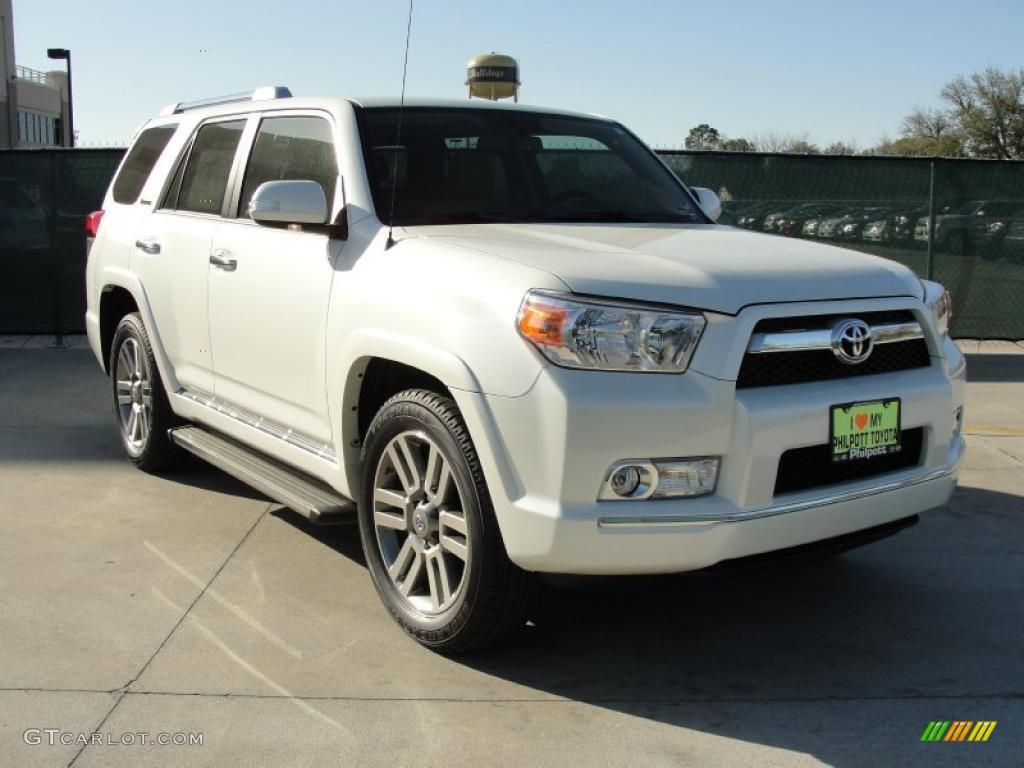 Blizzard White Pearl Toyota 4Runner