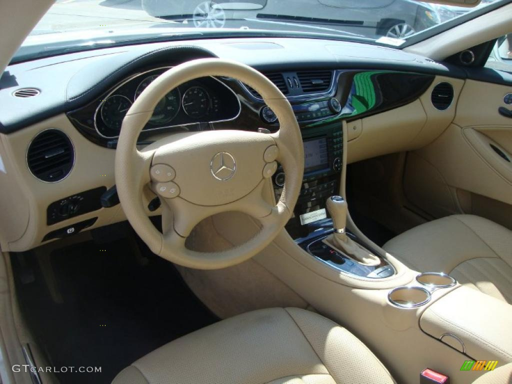Interior 46564747 on 2010 mercedes cls550 interior