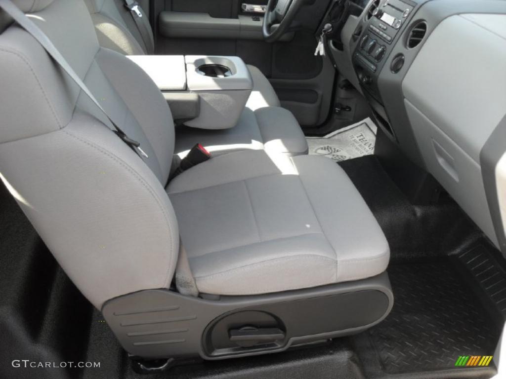 2008 Ford F150 STX Regular Cab Interior Photo #46567072