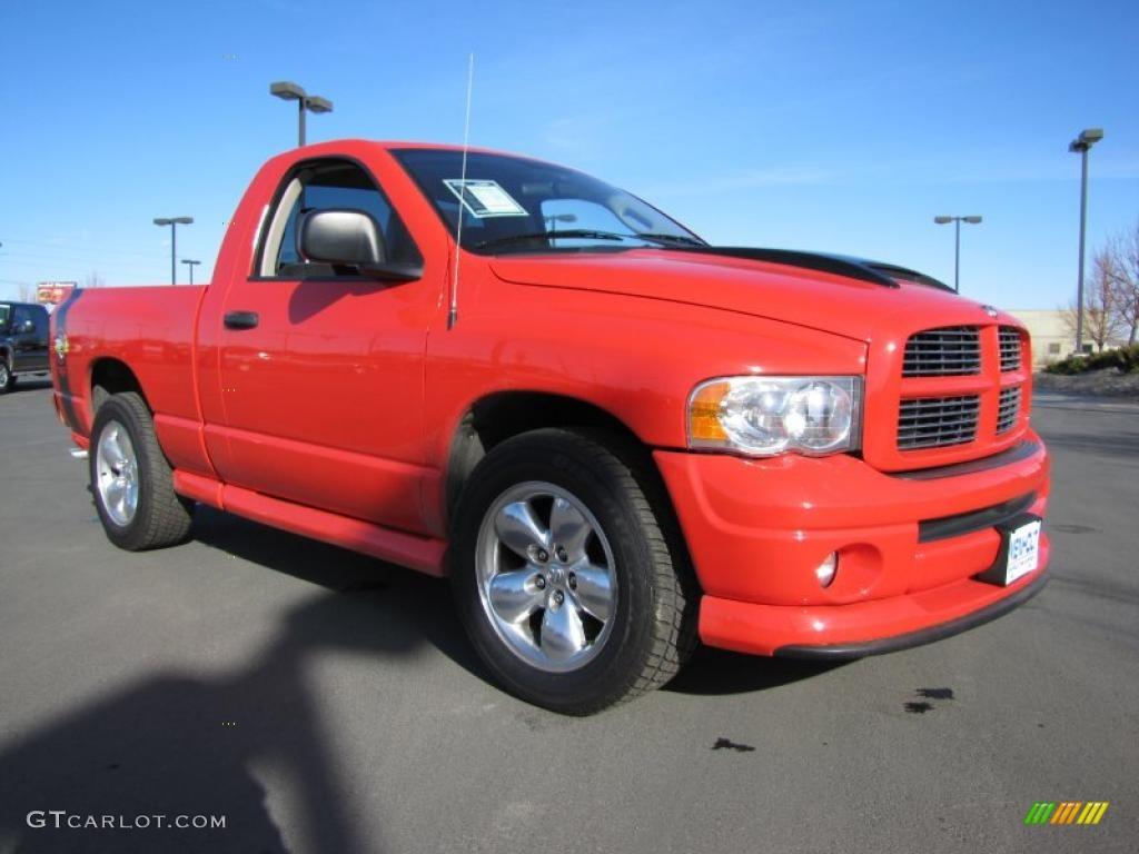 2005 Ram 1500 SLT Rumble Bee Regular Cab - Flame Red / Dark Slate Gray photo #4