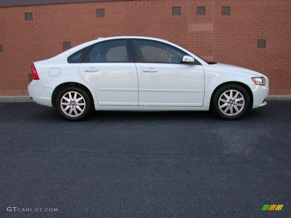 ice white 2008 volvo s40 exterior photo 46634390. Black Bedroom Furniture Sets. Home Design Ideas
