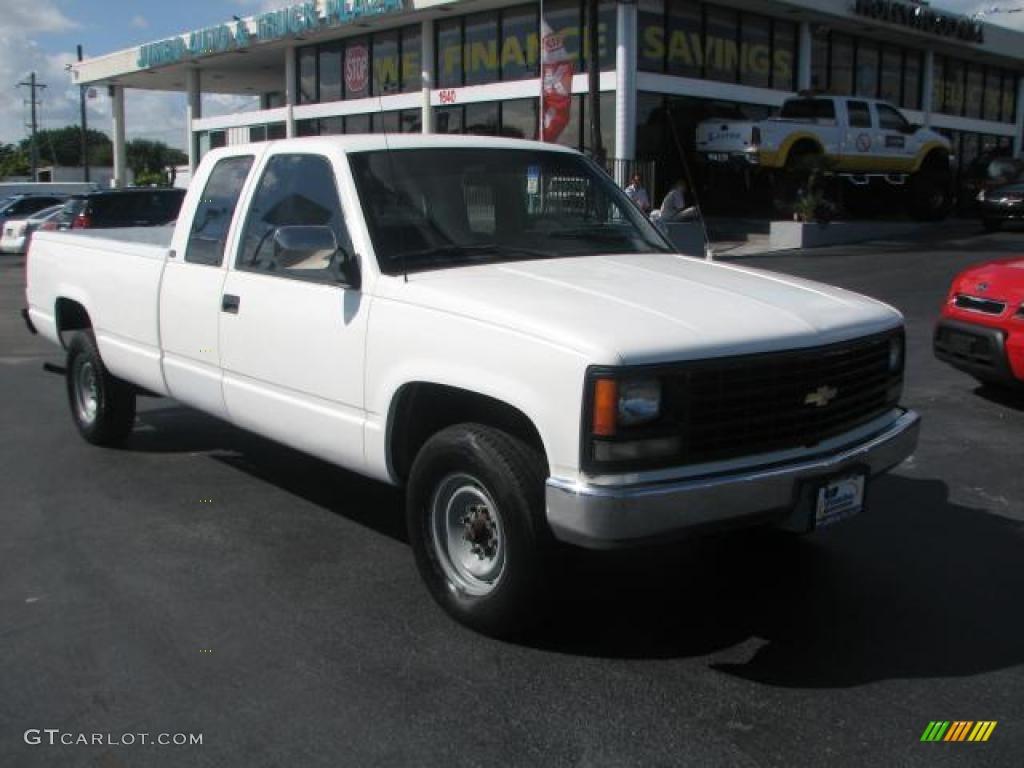 1990 Summit White Chevrolet C K C2500 Silverado Extended