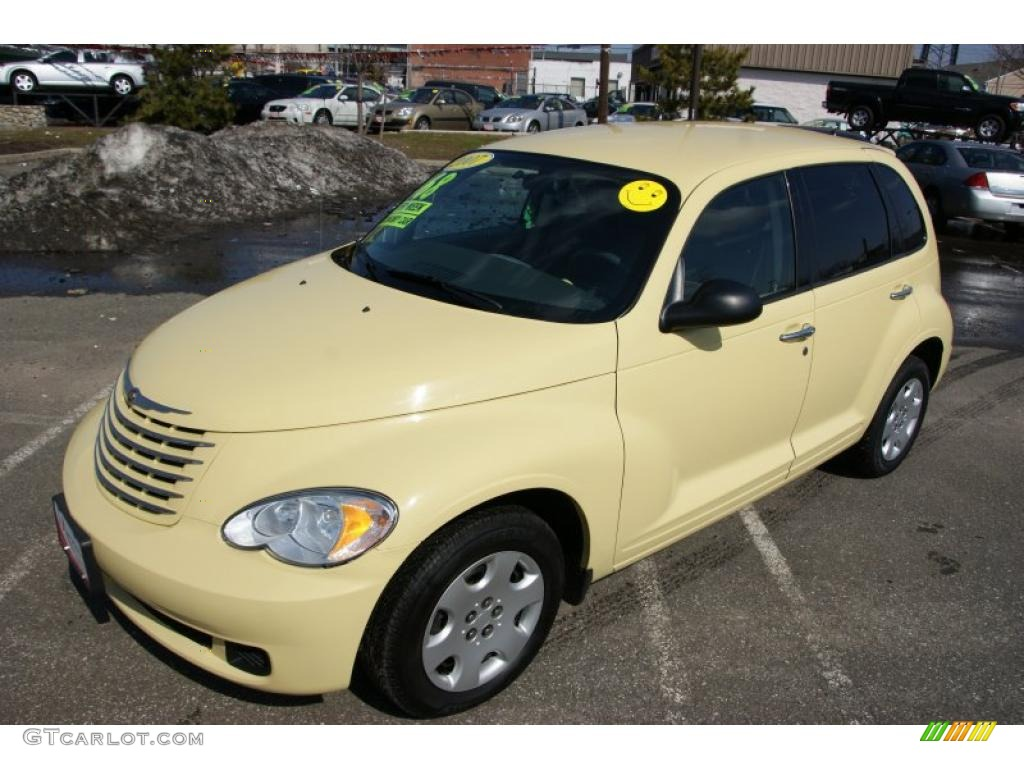 2007 PT Cruiser Touring - Pastel Yellow / Pastel Slate Gray photo #19